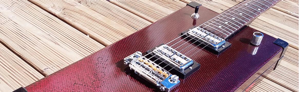 Bannière guitare électrique avec de la résine Surf Clear EVO