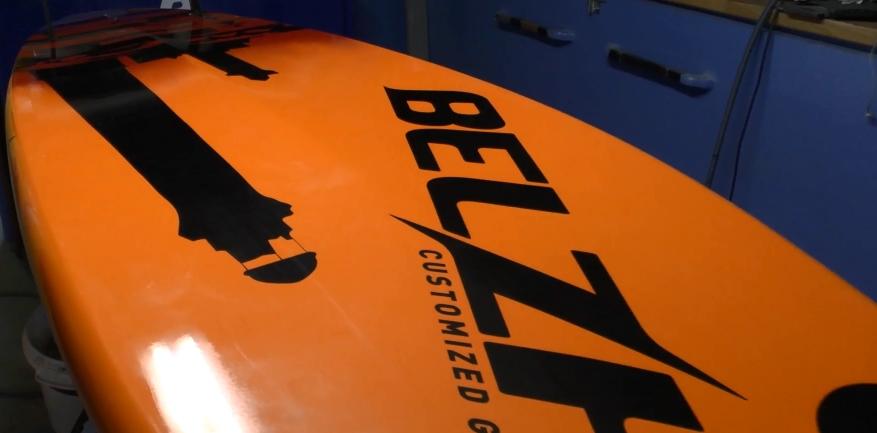 Fabrication d'une planche de windsurf - Belzh